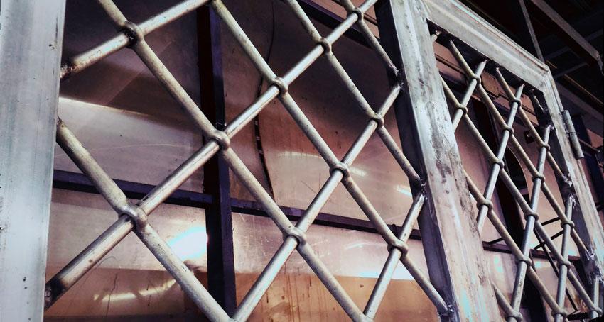 Lembo Infissi produce anche infissi in ferro battuto